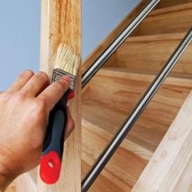 Welke verf gebruik je voor het verven van een trap painttrade - Welke kleur verf voor een kamer ...