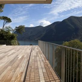 Quelle peinture pour un escalier exterieur en bois for Quelle peinture pour un escalier en bois exotique
