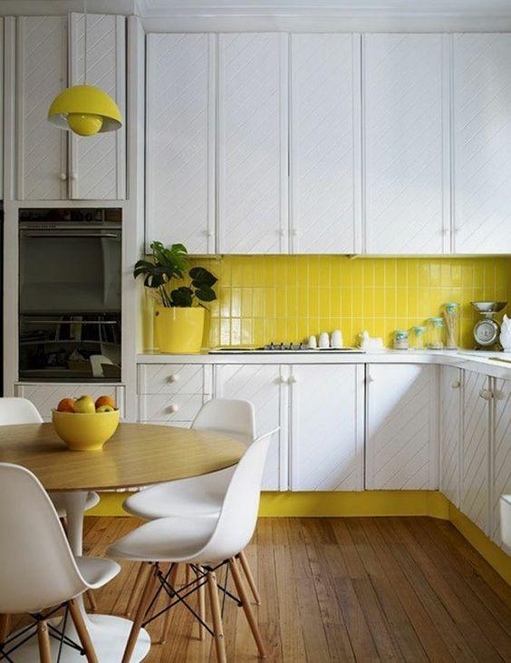 geel-touch-in-de-keuken