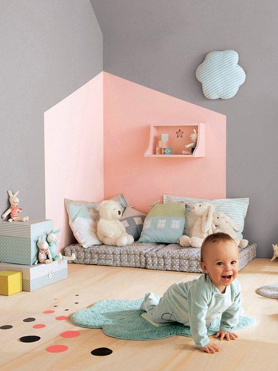 kinderkamer-roze-en-grijs