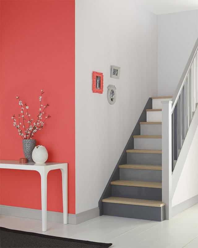 Couleurs pour hall d 39 entr e et couloir painttrade - Deco trap ...